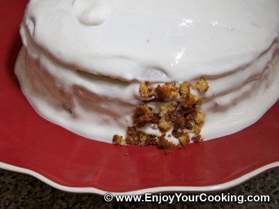 Simple Cake with Sour Cream Frosting Recipe: Step 31