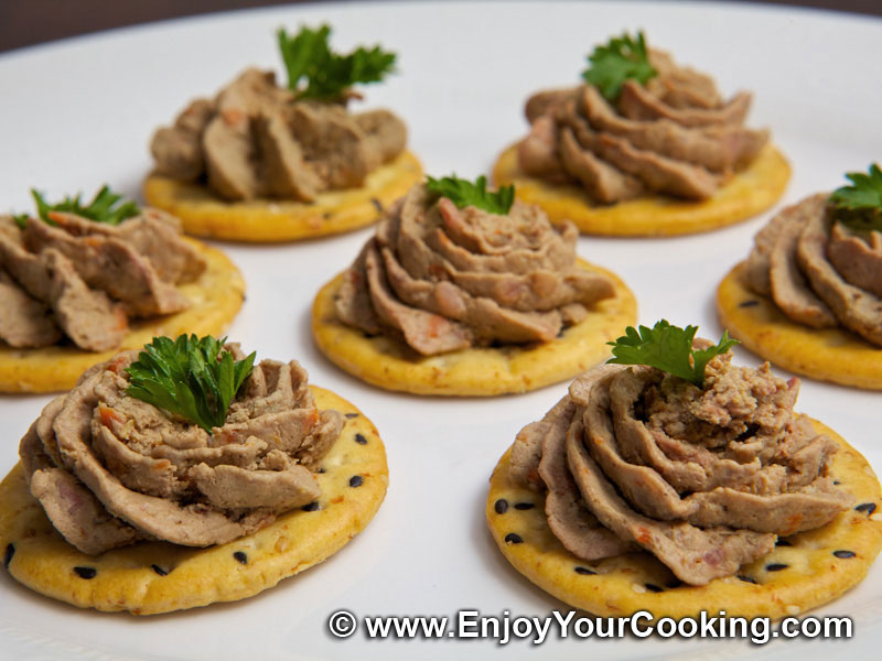 Chicken Liver Pate on Crackers