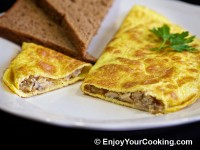 Omelette Stuffed with Mushrooms and Onions Recipe