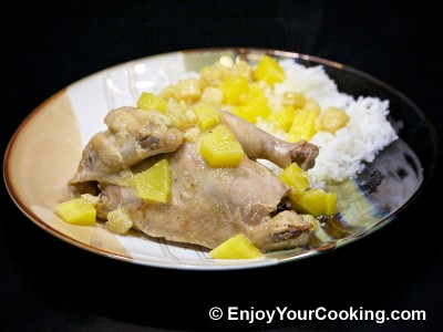 Chicken Roast with Pineapples, Bananas and White Wine Sauce
