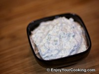 Sour Cream and Garlic Dip