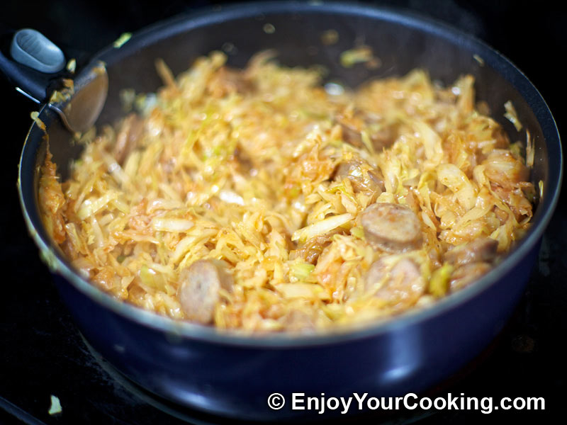 Cream Braised Cabbage With Leeks Recipes — Dishmaps