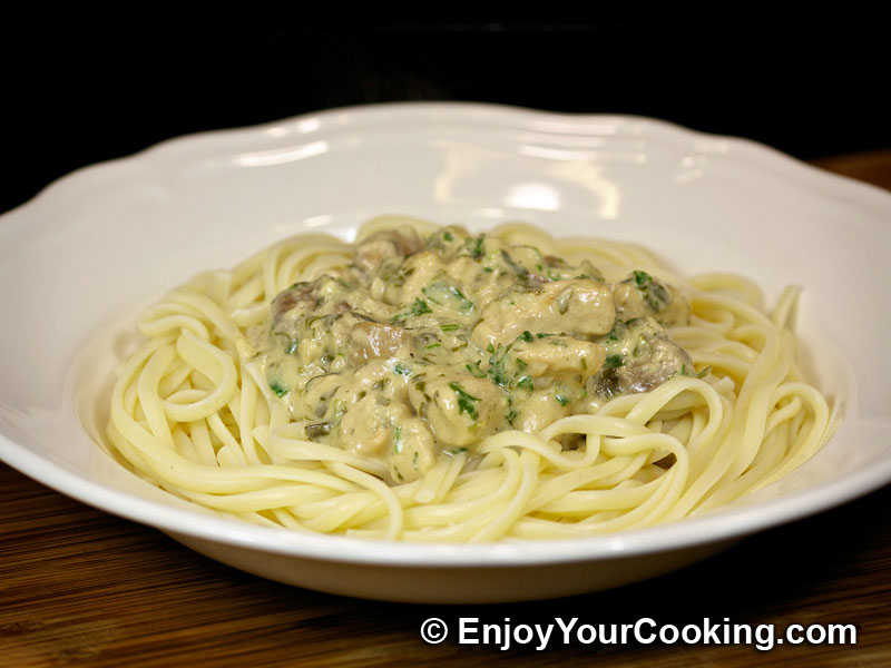 Pasta with Chicken and Mushroom Sauce Recipe | My Homemade Food ...