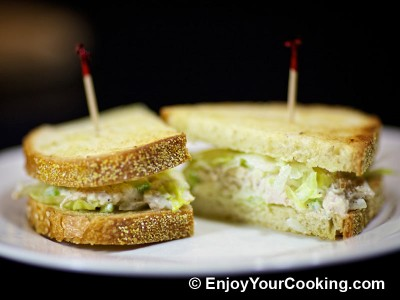 Chicken and Celery Salad Sandwich Recipe