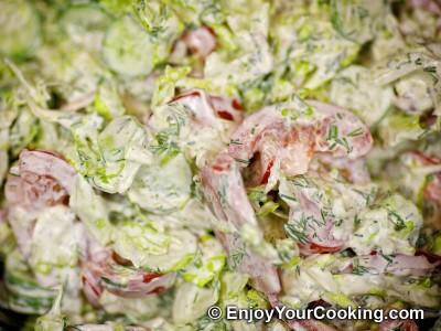 Lettuce, Tomato and Cucumber Salad Recipe: Step 8