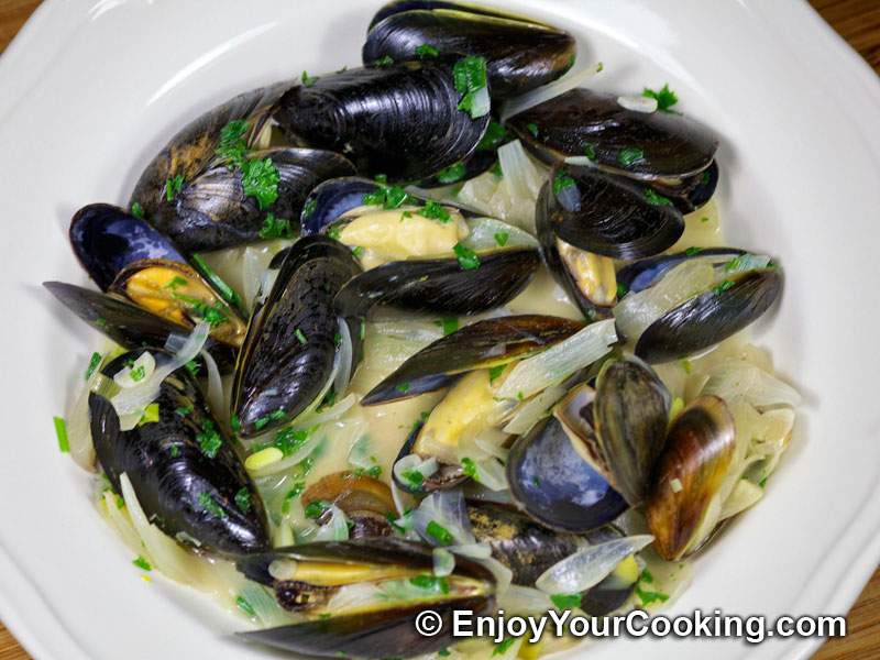 Mussels Steamed with Shallots in Wine and Butter Sauce Recipe | My ...