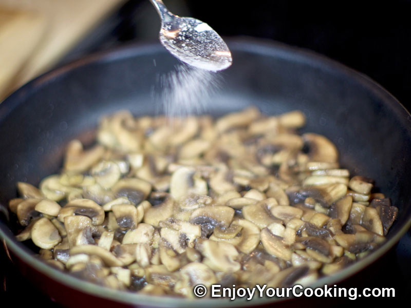Chicken and Mushroom Salad Recipe: Step 4