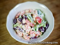 Crab Sticks, Beans, Tomato, Bell Pepper and Cheese Salad Recipe