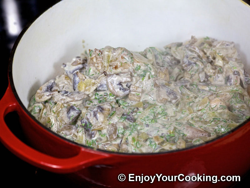 Rabbit Stew with Mushrooms and Sour Cream Recipe | My Homemade Food ...
