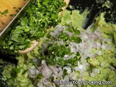 Spicy Guacamole Dip Recipe: Step 8