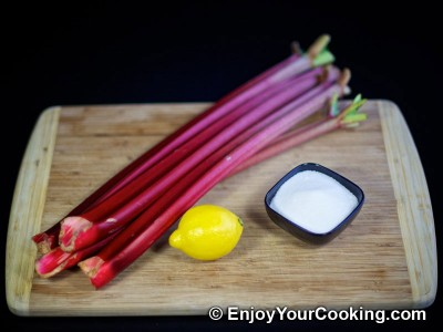 Rhubarb Kompot Recipe: Step 1