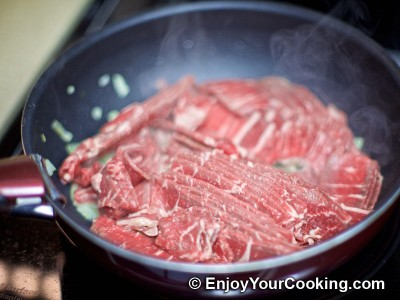 Recipe for Quick Fried Beef with Onions: Step 4
